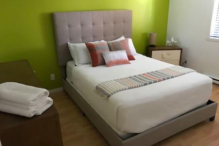 Suite Saint-Charles - Appart'hôtel  •Drummondville