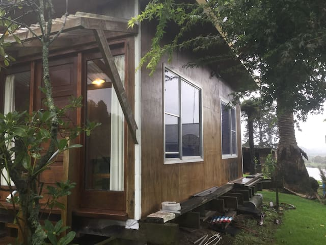 Private cabin + ensuite set on river side property - Tauranga - Rumah