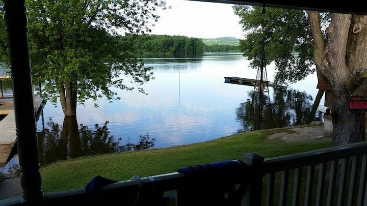 Beautiful riverfront family retreat