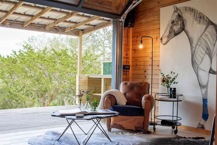 The Holiday | Studio Cabin + Hill Country Views!