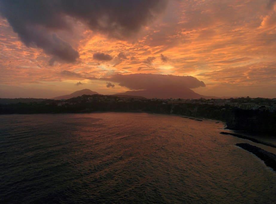 la Corricella al tramonto
