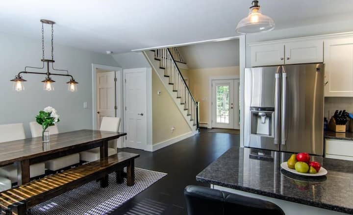 Renovated! Cozy, contemporary with great location.