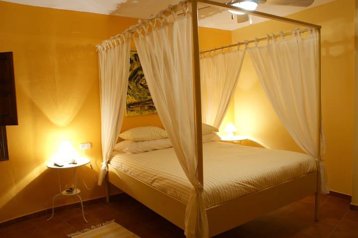 La Posada del Recovero , Arte y Naturaleza. - Genalguacil - Bed & Breakfast
