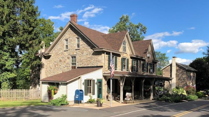 The Solebury House, a Bucks County Getaway