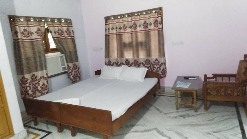 Aadhya - A comfort Home stay
