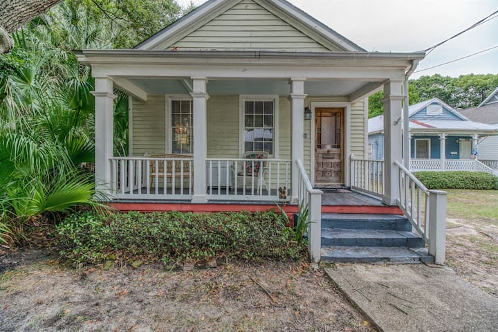 Historic Cottage Downtown Pensacola 2bed/1bath