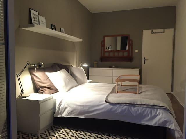1. bedroom