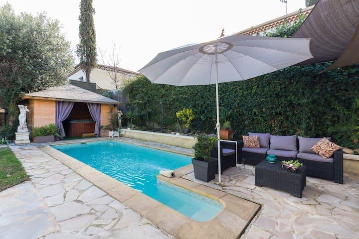 Villa californienne dans quartier résidentiel - Villeneuve-Loubet - บ้าน