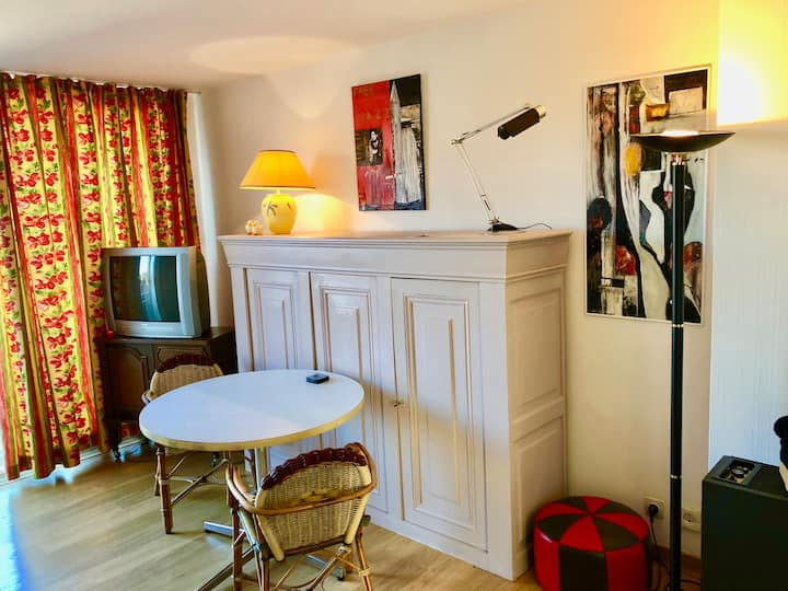 Cosy flat for 4 (upgrade) in the center of Bruges