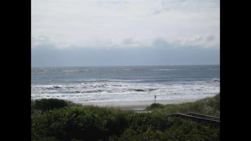 Direct ocean front condo