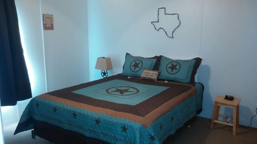 Texas Hill Country Boerne / Luckenbach Suite