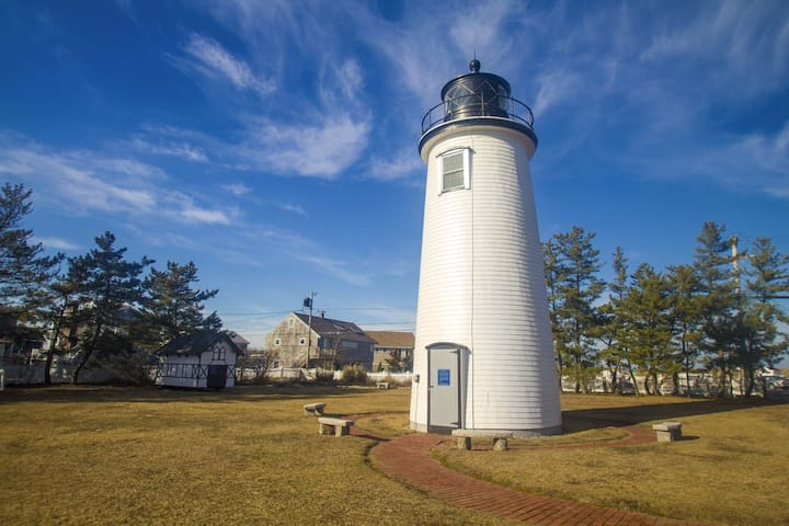 Plum Island Light House, the 13th lighthouse in the US, was first lit in 1788 with a lantern burning whale oil.  It was needed to guide boaters into the treacherous mouth of the Merrimack River and into Newburyport Harbor.