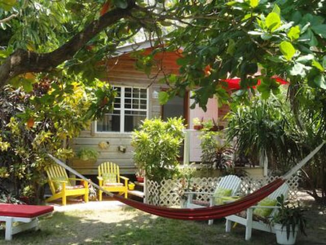 Mayflower Casita - a tropical garden oasis.