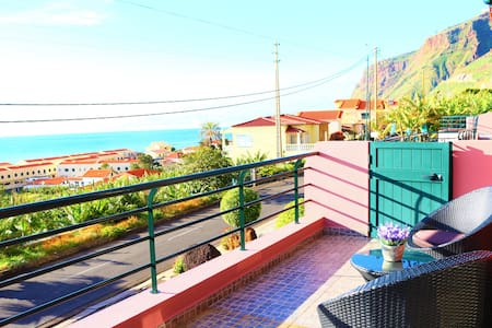 Villa Amore  - Apartment C - Paúl do Mar