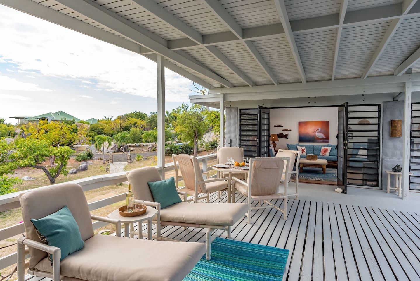 Great indoor/outdoor living