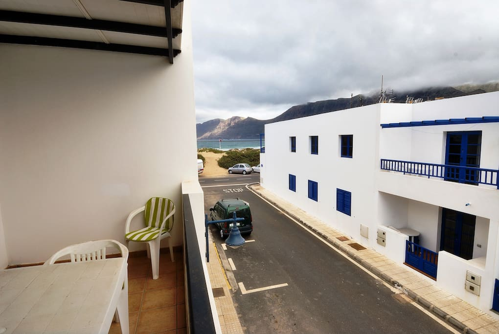 terrace views close to the sea and the amazing beach in playa famara