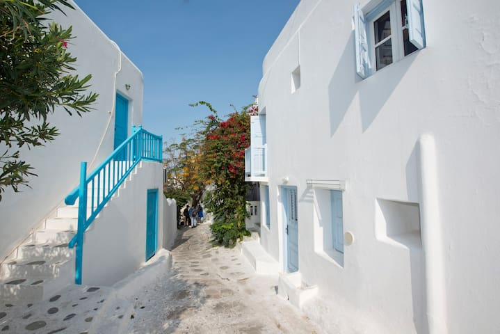 Traditional House In The Heart Of Mykonos Town