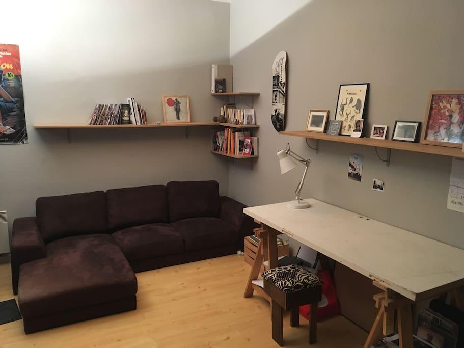 Espace salon/bureau