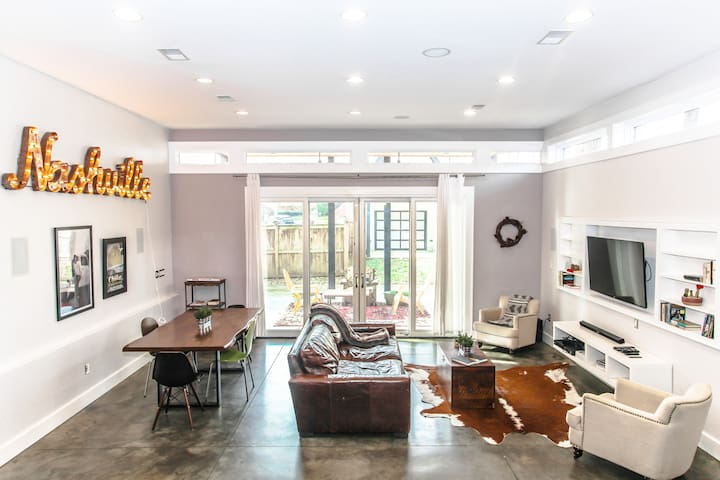 Ultra Modern In Music City | 5 Min From Downtown!
