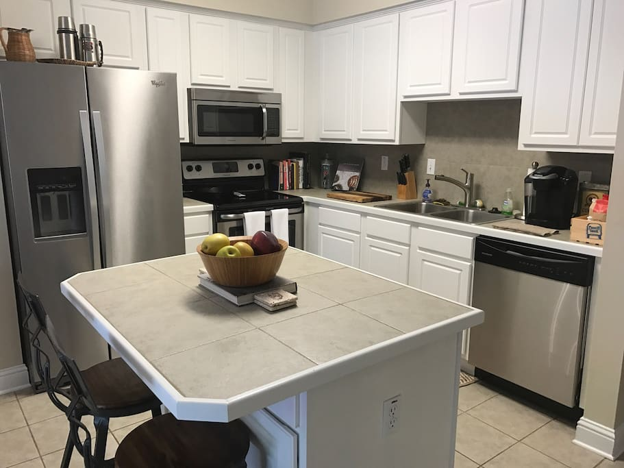 Charming garden district townhome townhouses for rent in baton rouge louisiana united states for Houses for rent in baton rouge garden district