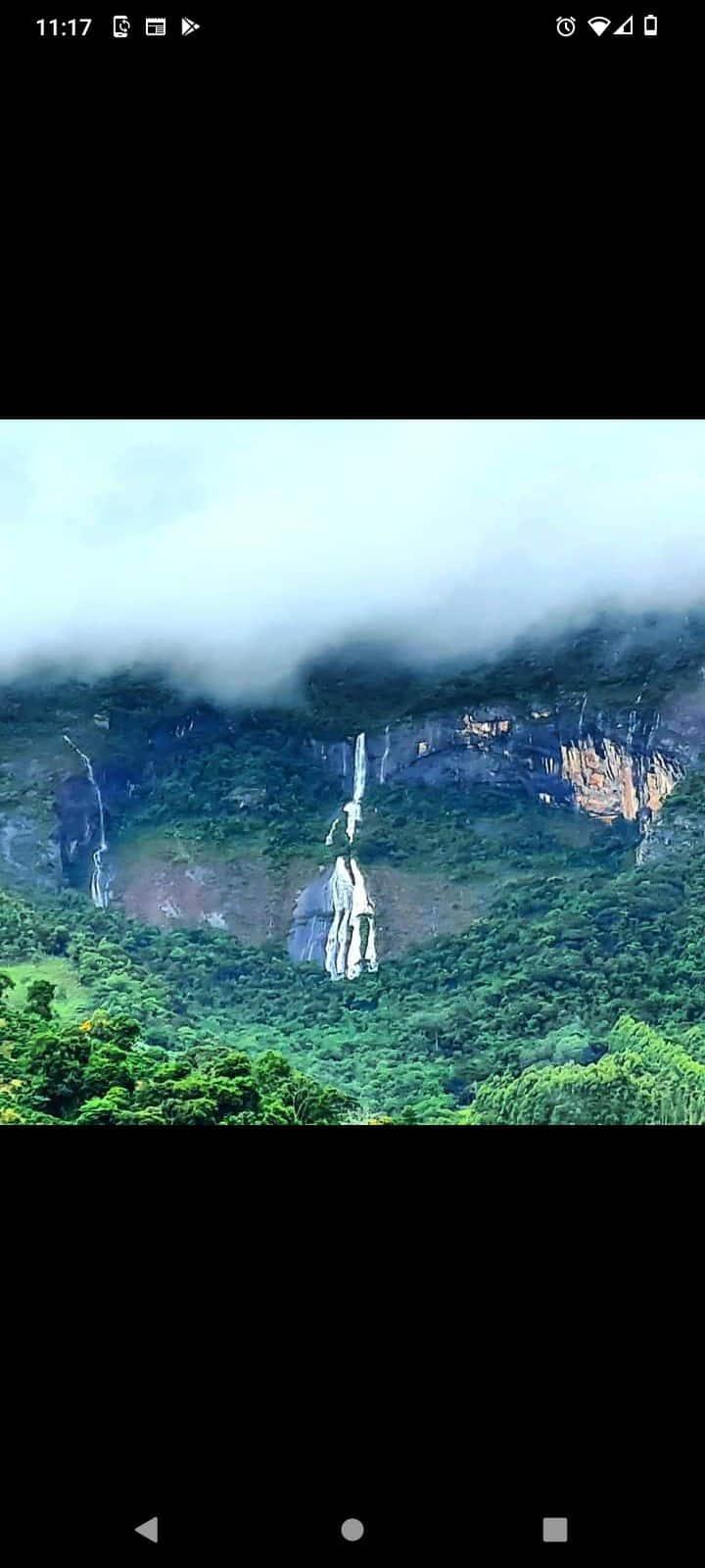 Pico da Bandeira terceiro topo mais alto do Brasil