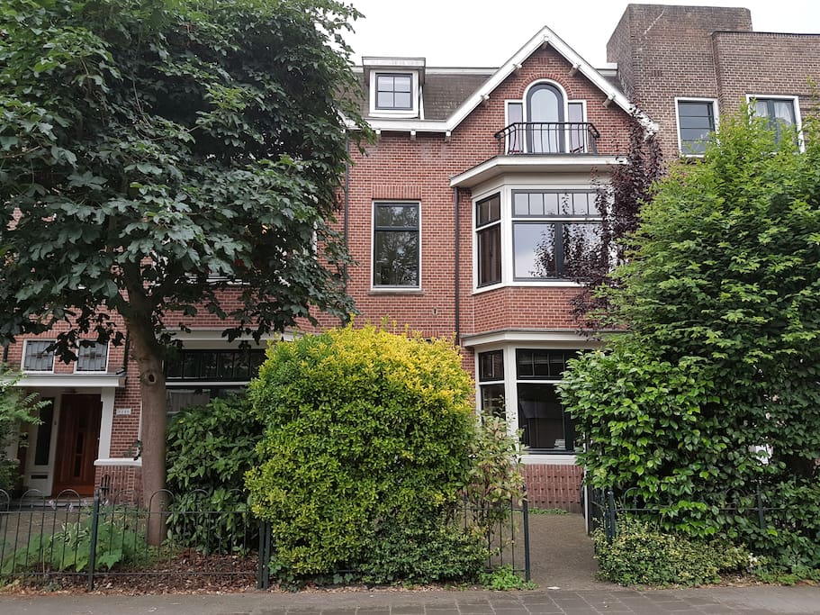 Our house in Amsterdam-Oost with room for bikes in the front garden