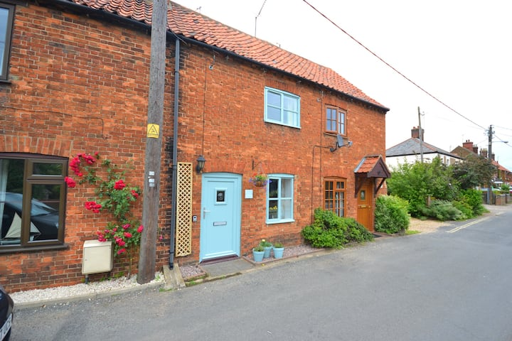 The Bolthole - a fab pet friendly home from home