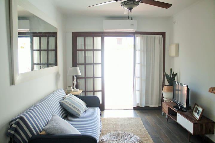 Precioso apartamento a sólo 50 metros de la playa - Torredembarra - Apartament