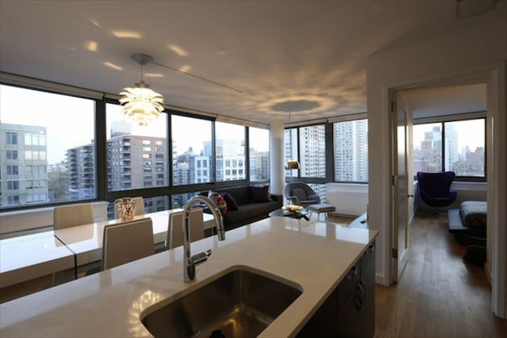 Luxury 2 Bd Apartment in Upper West Side, New York - New York - Apartment