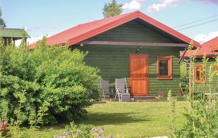 Holiday cottage with 2 bedrooms on 35m² in Mragowo