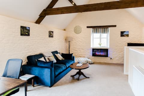 New barn conversion close to the Cotswolds