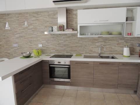 Accogliente e moderno appartamento  Sanificato