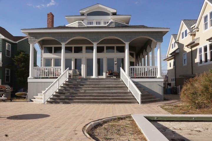 The Beach House on Harvest Cove