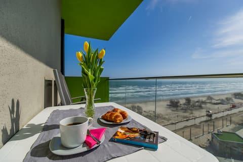 Mamaia Vice ❤️sea view 2 bedroom Alezzi Resort