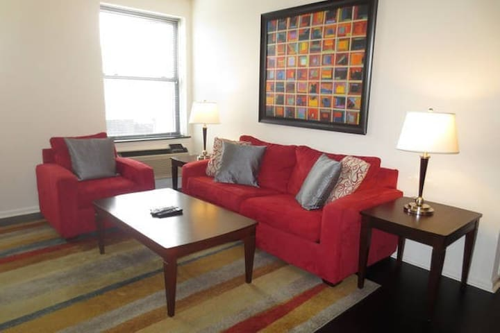 Lux Morristown Green 2 Bedroom w/WiFi