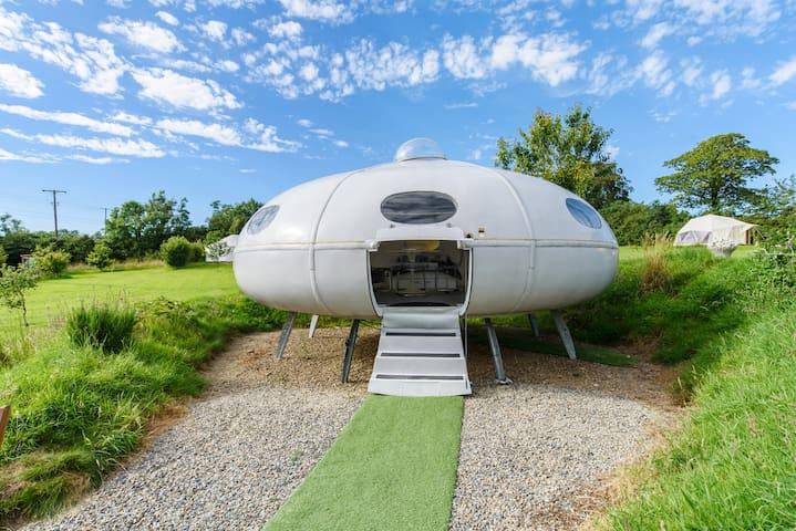UFO  'Futuro styled Flying Saucer'!