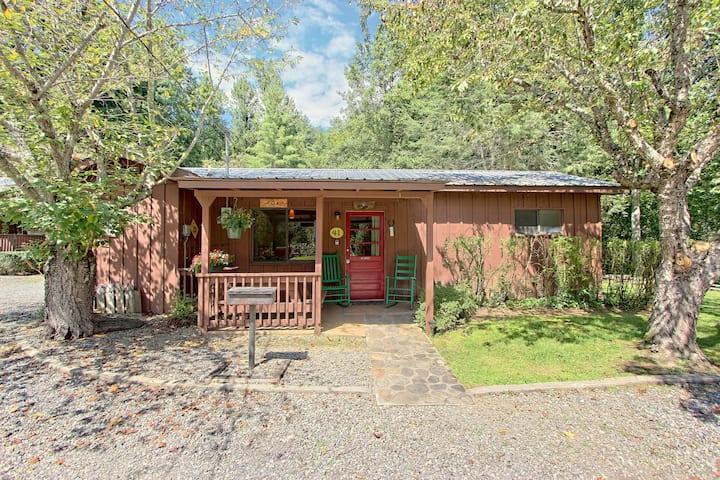 Fox Cabin @ Sunset Farm Cabins