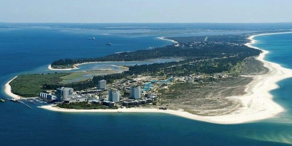 Low-Cost Family®Setúbal Beach&Arrábida Mountain; )