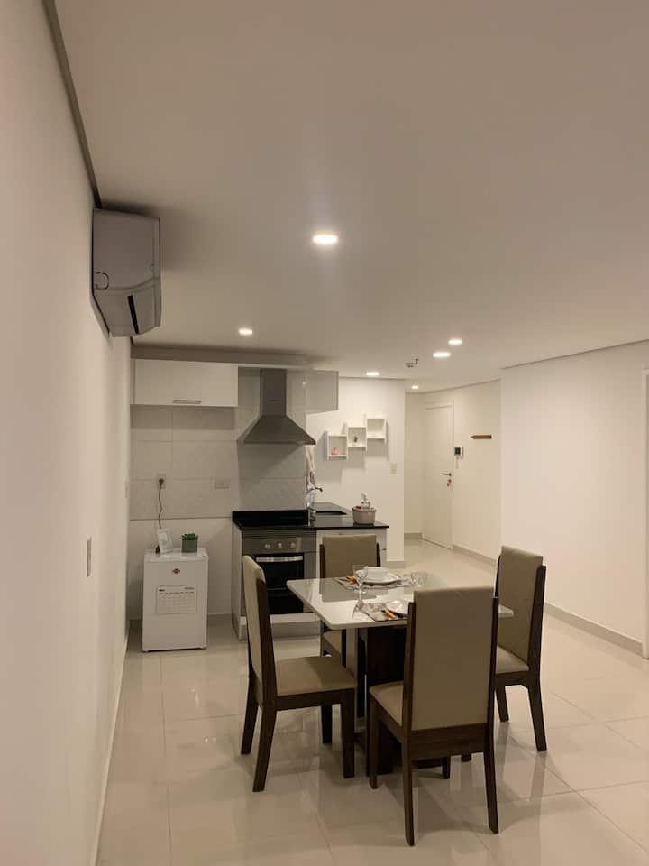 Confortable apartamento, a pasos de todo.
