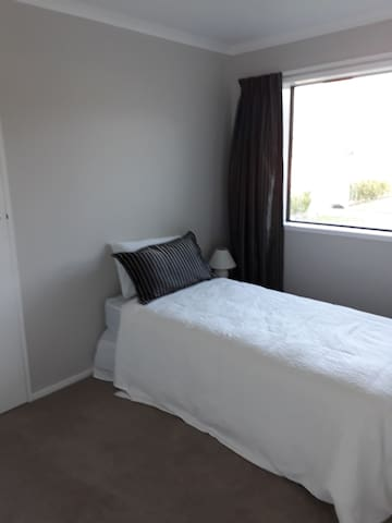 Bedroom 3. Single bed. This is also my office which I wont use when occupied. Wardrobe is not for use as it has my things in there :D