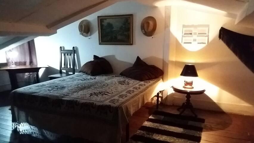 Room in duplx Almada.3