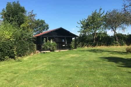 Beautiful Eco Cabin in Pinner - Pinner - Blockhütte