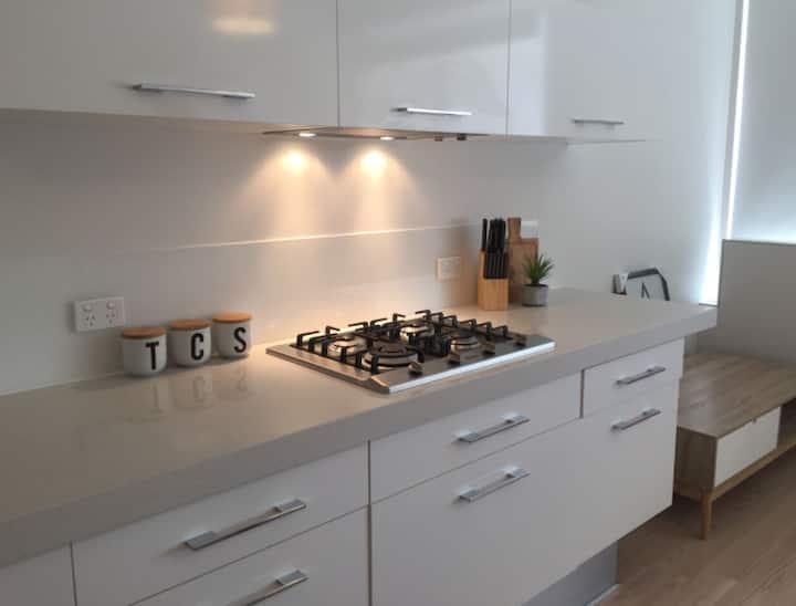 Flinders St  |  Apartment