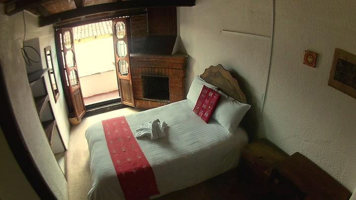 Cuarto con baño privado - Hotel Dugelay