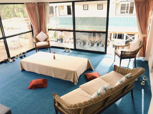 4人宿舍的一个床位/Dormitory July. 柒月