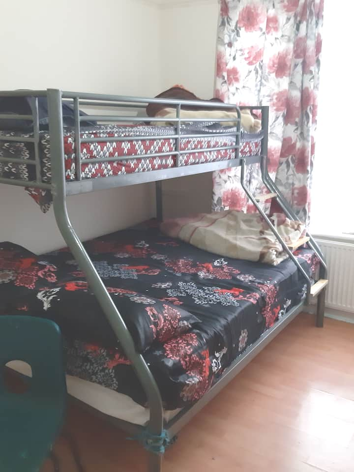 Low Cost Guesthouse with rooms starting from £25