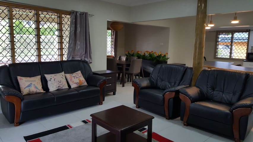Ohana - Namadi  (free wifi) entire flat 2 bedrooms