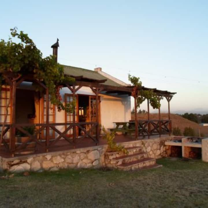 Brunia farm cottage on award winning wine farm