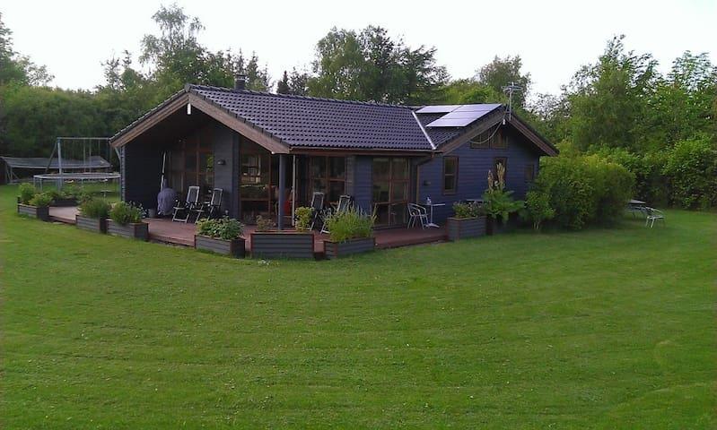 Sommerhus i salling - Roslev - Kulübe
