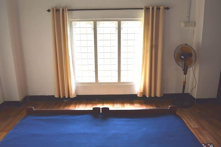 SECOND FLOOR - DLX ROOM